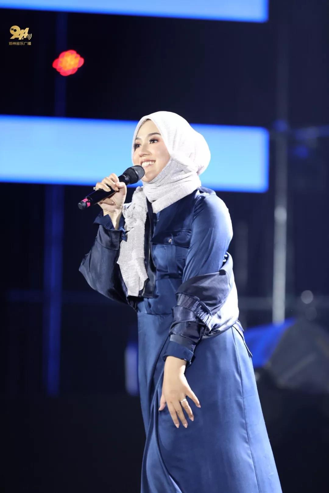 最热门海外歌手、亚太最受欢迎歌手【茜拉】